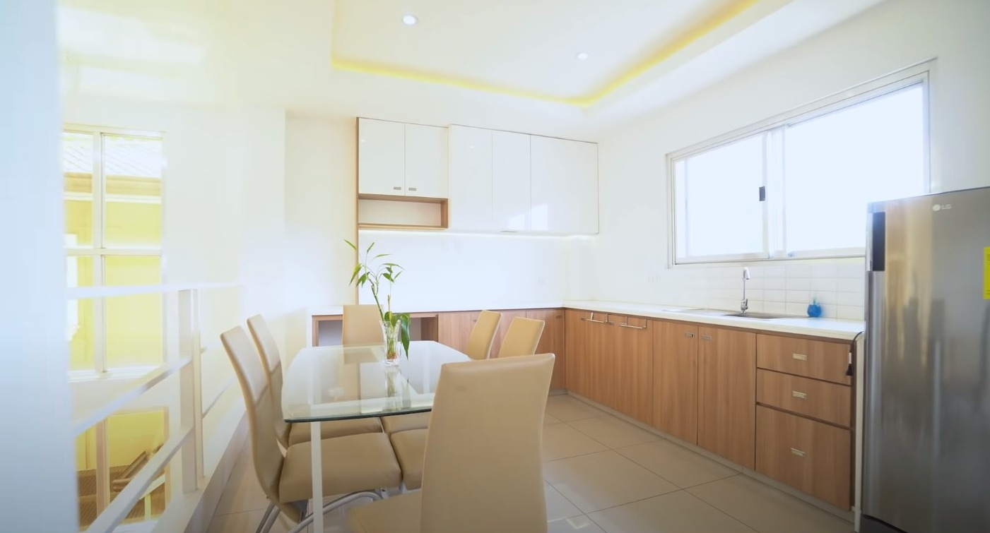 Llyan Austria House Tour - Unit 1 - Kitchen, dining